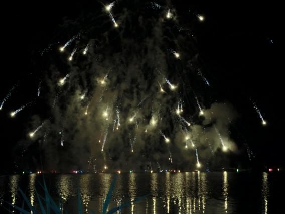 松原湖の花火